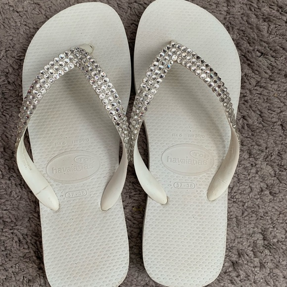 4739640332d0 Havaianas Shoes - White Women s Havaianas w Swarovski Crystals